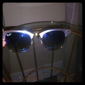 Womens Ray-Ban sunglasses